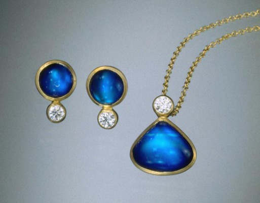 FIne Blue Moonstone with Diamond Set