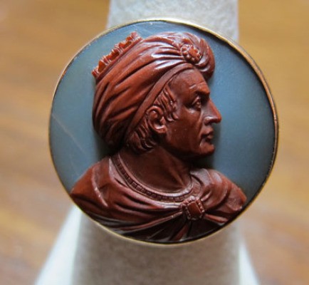 19th c. Sardonyx cameo gold ring